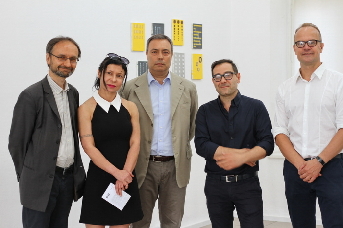 Wojciech Popławski, la gallerista Lucyna Sosnowska, Alessandro De Pedys (ambasciatore d'Italia a Varsavia), Marco Angelini e Jan Kozaczuk