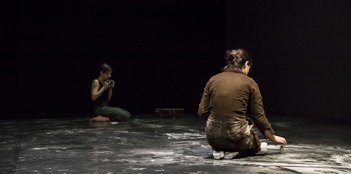 Cosa vorresti che restasse? | Dehors / Audela – Teatri di Vetro 10
